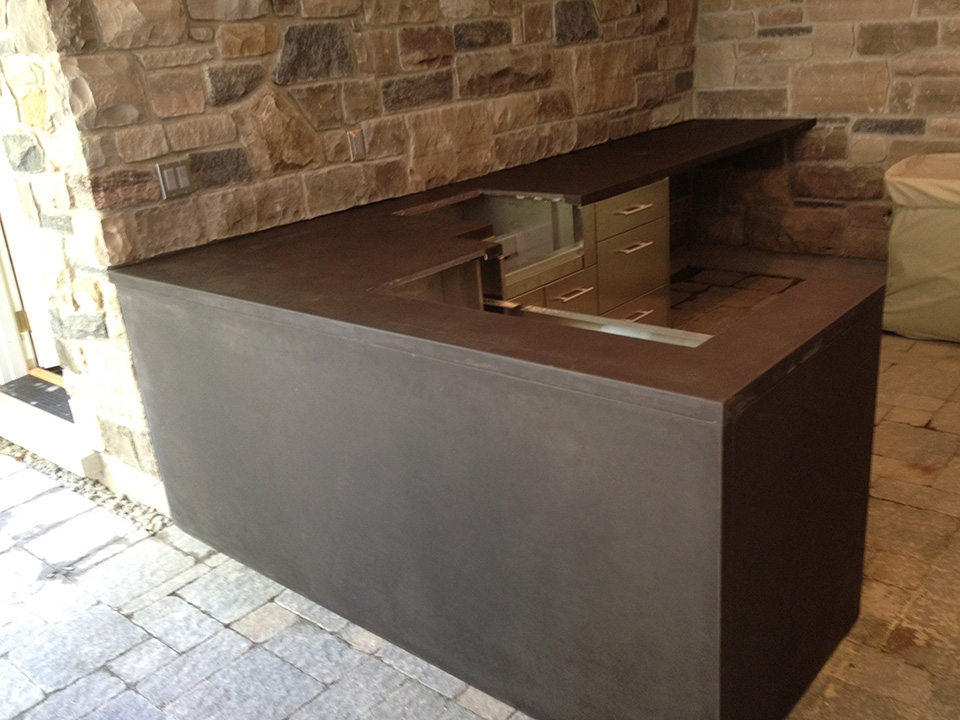 Outdoor BBQ and bar countertop